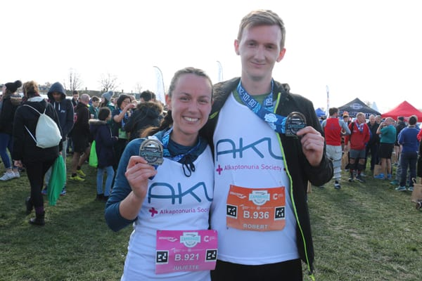 aku runners with medals